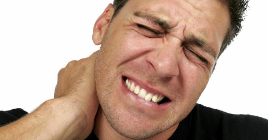 Discopatía Cervical Síntomas, Causas Y Tratamiento.